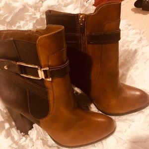 Shoes - Beautiful boots Size 10